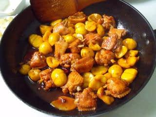 Stewed Chicken Wings with Chestnuts Recipes